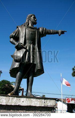 Porto Seguro, Bahia / Brazil - August 4, 2008: Statue Of Pedro Alvares Cabral In The City Of Porto S