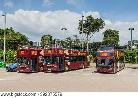 Singapore - December 4, 2019: Singapore Sightseeing Tour Buses, Hop On, Hop Off Bus Tours, Big Bus T