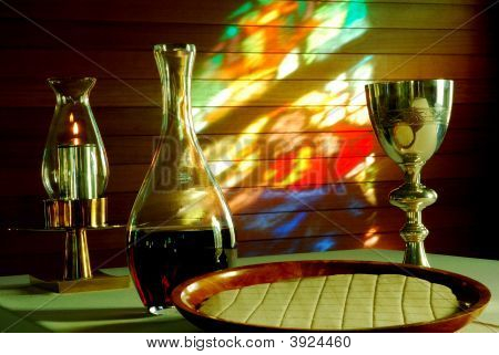 Gladstone Eucharist Wide