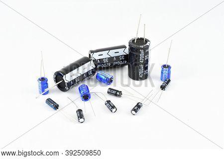 Radio Components, Vintage, Electrolytic Capacitors, Different Capacity, Blue Black Repair Replacemen