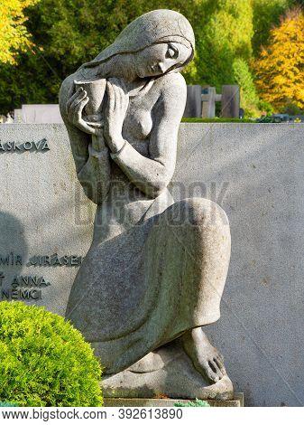 The Muse Statue On Alois Jirasek Grave. 24th Of October 2020. Hronov, Czech Republic.  Alois Jirasek