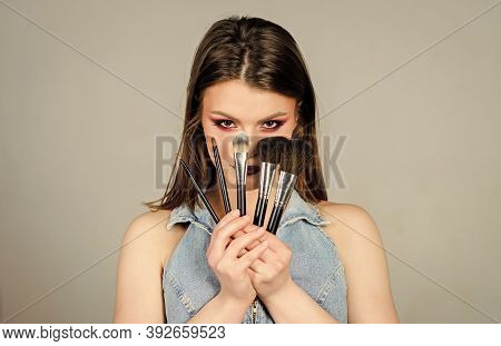 Sexy Woman With Professional Make Up Brush. Fashion Makeup Visage. Confident Beauty. Skincare Cosmet