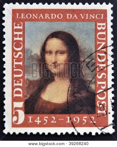 GERMANY- CIRCA 1952 : A stamp printed in Germany shows Mona Lisa 500th anniversary of Leonarde da Vi