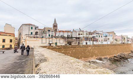 Alghero, Sardinia Island, Italy - December 28, 2019: Cityscape With The Boulevard Of Alghero In Sard