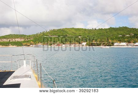 Catamaran Tour To Antigua