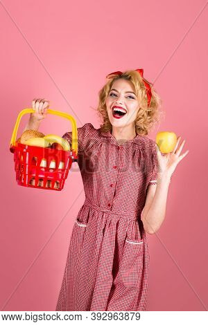 Pin Up Woman With Shopping Cart. Pin Up Woman On Shopping. Supermarket. Shopping. Sale. Discount. Bl
