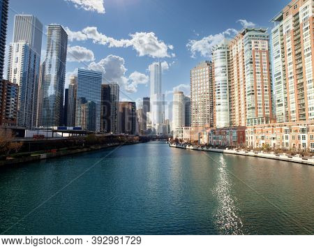 View of downtown buildings along the Chicago River in Cook County Illinois.