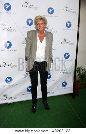 LOS ANGELES - AUG 10:  Meredith Baxter at the Angel Awards at the Project Angel Food on August 10, 2013 in Los Angeles, CA