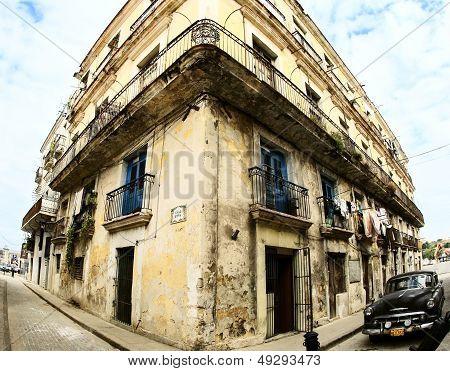 Classic Car in center of Havana