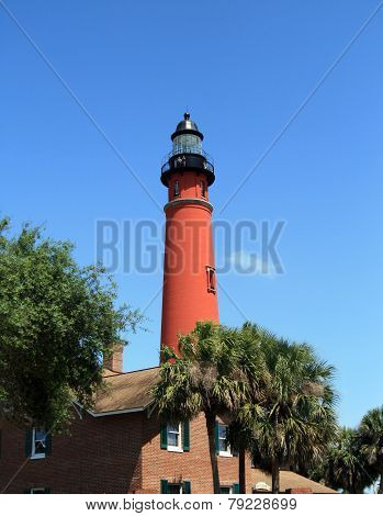 Historic Ponce De Leon lighthouse