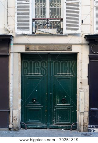 Wooden door. Paris, France
