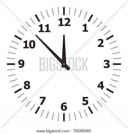black simple clock
