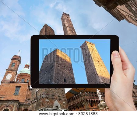 Photo Of Due Torri (two Tower) In Bologna, Italy