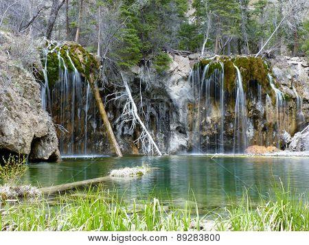 Hanging Lake Beauty