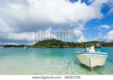 Kabira Bay in Ishigaki Island, Okinawa Japan