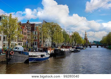 Canal In The Old City Of Amsterdam, Netherlands