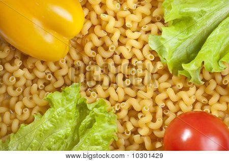 Macaroni And Vegetables