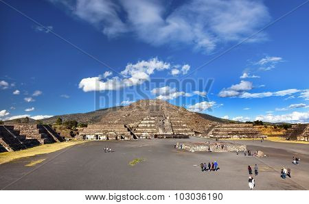 Avenue Of Dead Temple Of Moon Pyramid Teotihuacan Mexico City Mexico