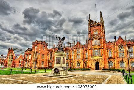 Queen's University War Memorial - Belfast, Northern Ireland