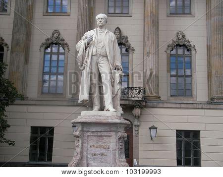 Monument to Hermann Ludwig Ferdinand von Helmholtz in Berlin