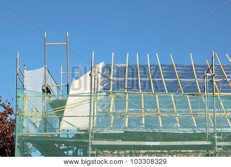 repair of a roof, work on a damaged roof