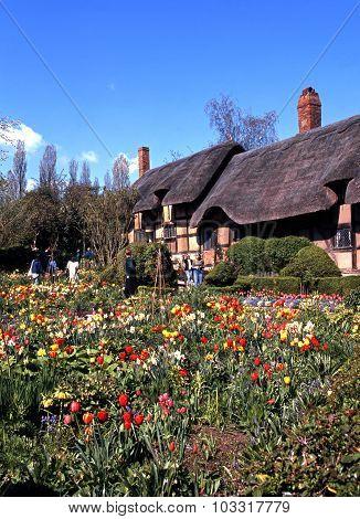 Anne Hathaways Cottage.