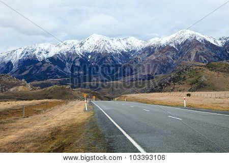 Beautiful Scenic Mountain View And Asphalt Ways In Arthur Pass National Park South Island New Zealan