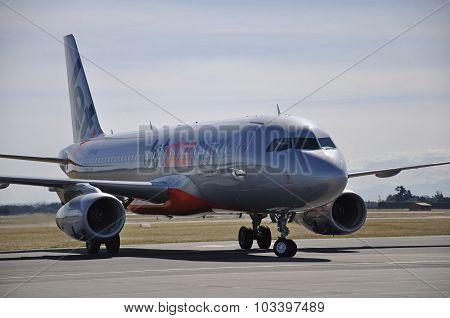 Jetstar Airbus 320 at Christchurch International Airport New Zealand