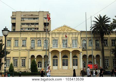 Izmir government office