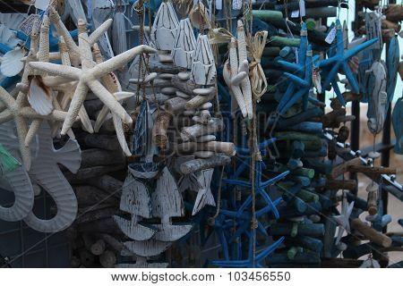 Conchas, barcos y dem?s decoraciones relacionadas con el mar poster