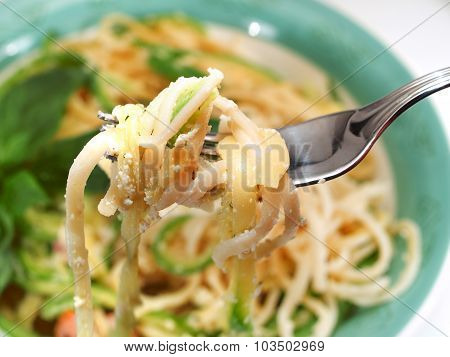 Pasta Collection - Spaghetti With Zucchini And Cheese