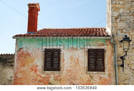 Building In Pican