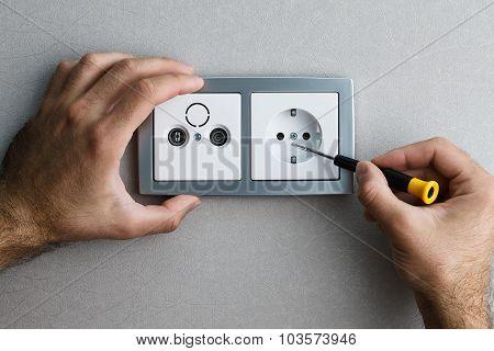 Installing Ac Power Socket