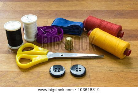 Sewing Kit Multicolor