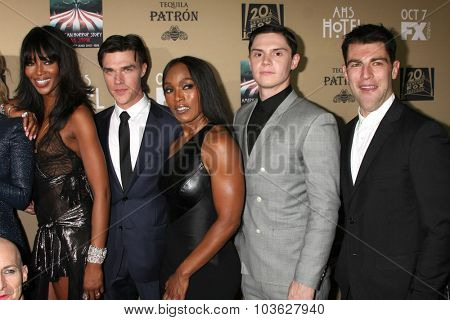 LOS ANGELES - OCT 3:  Naomi Jackson, Finn Wittrock, Angela Bassett, Evan Peters, Max Greenfield at the