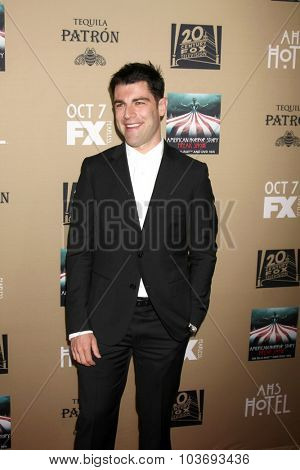 LOS ANGELES - OCT 3:  Max Greenfield at the