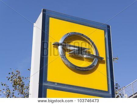 Opel Sign I