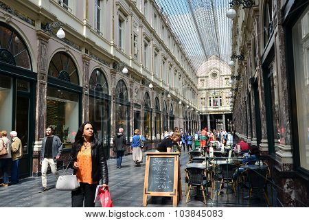 Brussels, Belgium - May 12, 2015: Tourists Shopping At The Galeries Royales Saint-hubert In Brussels