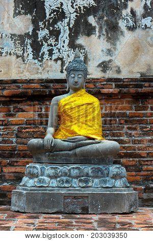 Buddha statue at Wat Yai Chaimongkhon, Ayuthaya, Thailand.