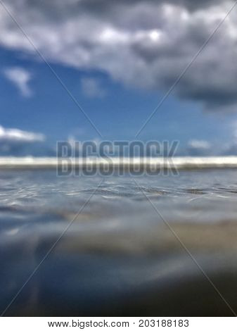 Ocean, cloud and wave whit tilt shift soft, abstract