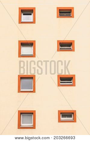 Vertical Alignment Of Windows In An Old Building