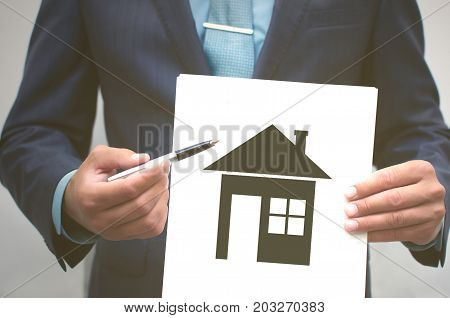 Real estate agent. Insurance agent. Contract for the sale of housing. Home insurance. Real estate agency. Realtor. Mortgage.