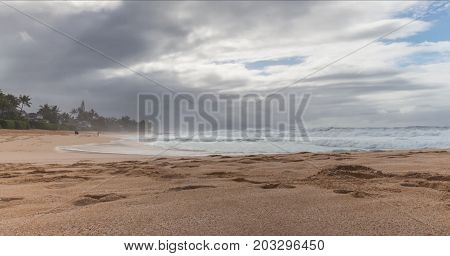 The shores of Laguna Beach on a cloudy day