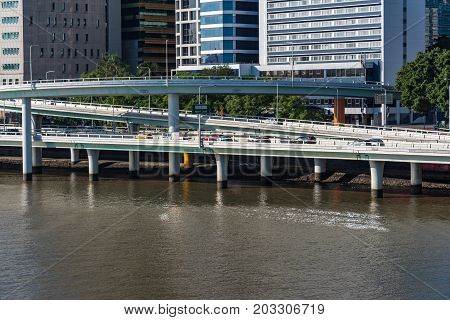 Pacific Motorway and Riverside Expressway with Brisbane river view