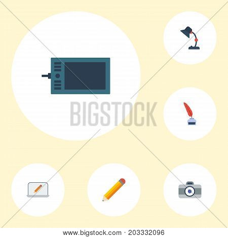 Flat Icons Gadget, Illuminator, Pen And Other Vector Elements