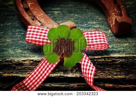 A Lucky clover horseshoe and bow tie