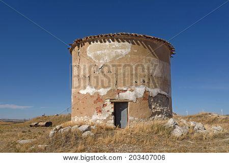 Old Dovecote In Villaviudas, Tierra De Campos, Palencia Province,castilla Y Leon, Spain