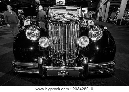 MAASTRICHT NETHERLANDS - JANUARY 08 2015: Oldtimer Jaguar Mark V Saloon 1949. Black and white. International Exhibition InterClassics & Topmobiel 2015