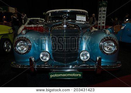 MAASTRICHT NETHERLANDS - JANUARY 08 2015: Oldtimer Mercedes-Benz 300 S (W188I) 1953. International Exhibition InterClassics & Topmobiel 2015