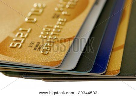 Stapel von Kreditkarten mit flachen Dof (Schwerpunkt: Karten-Tipps)
